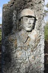 (le Donaldist) Tags: gssd wgt ddr kaserne kalterkrieg coldwar gdr sowjetunion soldaten soldier relikte relief