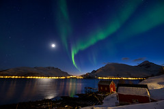 Evening in Kaldfjord (John A.Hemmingsen) Tags: tromsø aurora northernlights astronomy moon snow winter kvaløya norway nordnorge troms landscape longexposure auroraborealis arctic