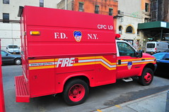 FDNY Chemical Protective Clothing Ladder 9 (Triborough) Tags: ny nyc newyork newyorkcity newyorkcounty manhattan noho fdny newyorkcityfiredepartment firetruck fireengine cpc cpcl9 ford fseries f450 knapheide
