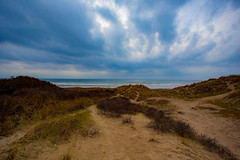 Dune, Ciel , Nuages et Mer / Dune, Sky , Clouds and Sea (dbrothier) Tags: canonef1740mmf4lusm letouquet mer sea dune sky ciel nuages nwn eos6d lr canon6d printemps 7dwf landscape