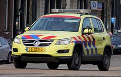 Dutch Ambulance Volkswagen Tiguan Driver Training Vehicle (PFB-999) Tags: dutch ambulance service volkswgen tiguan 4x4 driver training rapid response vehicle car unit dt responding run code3 lightbar grilles leds 28gzp2 amsterdam holland netherlands