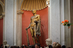 Statue des Herkules (Markus Wollny) Tags: city vatikan rom cittàdelvaticano vatikanstadt it