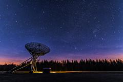 Westerbork radio telescope at night (George Pachantouris) Tags: westerbork night stars star milkyway holland netherlands satellite dish synthesis radio telescope drenthe