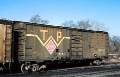 TP&W 1001 (Chuck Zeiler) Tags: tpw 1001 railroad boxcar box car freight eastpeoria train giballbach chz