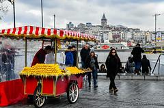 Vendor selling corn (Harold Litwiler, Poppy Big Oak Photography) Tags: istanbul corn turkey vendor photohopexpress