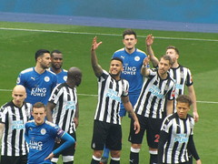 Leicester prepare for a free kick (lcfcian1) Tags: leicester city newcastle united lcfc nufc king power stadium epl bpl footy sport leicestercity newcastleunited leicestervnewcastle kingpowerstadium premier league premierleague jamievardy wesmorgan vicenteiborra harrymaguire dwightgayle mohameddiame