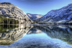 Tenaya Reflection (Rik Tiggelhoven Travel Photography) Tags: tenaya lake yosemite national park np nps service tioga road california usa united states america amerika outdoor nature mountain water reflection reflectie riflessi tree trees sky landscape landschaft landschap landskap paysage paisagem paisaia paisaje paisaxe serene canon eos 6d fullframe full frame ef24105mmf4lisusm rik tiggelhoven travel photography unesco world heritage site center hdr