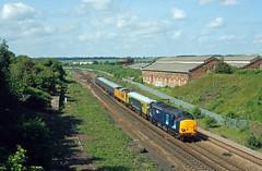 37611 Wellingborough (Gridboy56) Tags: class37 trains train tractor drs wellingborough northamptonshire uk europe england diesel derby derbyrtc ilford locomotive locomotives london 1z18 37605 37611