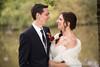 Gelukkige gezichten bij het nemen van de huwelijksfoto's (yvesrecour) Tags: bruid bruidegom geluk huwelijksfotos koppel koppelshoot park