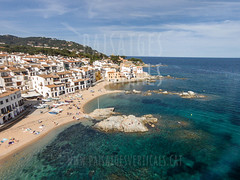 Paisaje aéreo con drones para ayuntamientos y otros organismos públicos (Paisajes Verticales) Tags: calelladepalafrugell catalonia coast costabrava europe litoral marinelandscape mediterranean mediterraneansea ocean palafrugell santsebastiãdelaguarda sea shore spain aerialperspective aerialphotography aerialview beach birdseyeview city coasline dronephotography fromabove hightangle landscape marinescene mediterraneanarchitecture nature outdoors outside seaboard seacoast seascape shoreline summer summertime topview town verticalview water