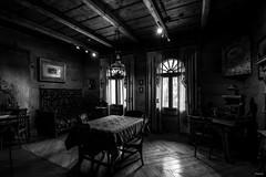 PIV_7560-2 (slon69) Tags: zakopane małopolskie польша pl black white photos room