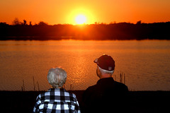 Sunset 0513 (J A West) Tags: sun water people sunsetorange red yellow florida nikon d500 sb700