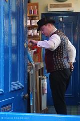 Smallest bar in Durham, UK (Ineke Klaassen) Tags: durham bar pub people smallestbar tinofsardines durhamssmallestbar ginbar kroeg café barman waiter durhamcounty door entrance ingang sony sonyimages sonya6000 sonyalpha sonyalpha6000 sonyilce6000 ilce mirrorless 1025fav 10faves