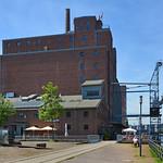 Duisburg - Innenhafen (28) thumbnail