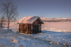 Hut in winter (Sizun Eye) Tags: hut winter alta altafjord snow ice frozen cold fjord arctic finnmark lapland norway shore tree sizuneye nikond750 tamron2470mmf28 landscape