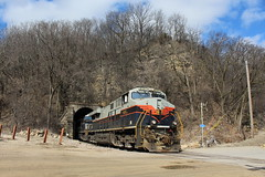 NS 8101 Take 2 (CC 8039) Tags: ns cg cofg cn ic cc trains es44ac heritage unit tunnel east dubuque illinois