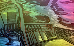 Venice Lagoon from Above (Ciceruacchio) Tags: lagoon laguna lagune porthole hublot oblò aereo plane avion venezia venice venecia venedig veneza венеция ヴェネツィア 威尼斯 βενετία veneto vénétie italia italy italie italien nikon abstract abstrait astratto abstraction