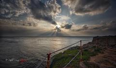 (161/18) Momentos únicos (Pablo Arias) Tags: pabloarias photoshop photomatix capturenxd españa cielo nubes mar agua mediterráneo reflejos ciudadela menorca