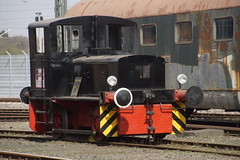 Deutz 47118 / 1950 / A4L 514 R / B-dm / 1435 mm / Lindgens & Söhne in Bahnbetriebswerk Köln Nippes Rheinisches Industriebahn-Museum e. V. 08-04-2018 (marcelwijers) Tags: 47118 1950 a4l 514 r bdm 1435 mm lindgens söhne bahnbetriebswerk köln nippes rheinisches industriebahnmuseum e v 08042018 deutz germany deutschland eisenbahn museum railway spoorweg bahn trein train diesel locomotive lokomotief locomotief rangier rangeer