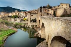 Besalú. Pueblo medieval. Girona (jlmontes) Tags: puente pueblo medieval spain catalonia catalunya girona besalú samyang14mm nikond3100