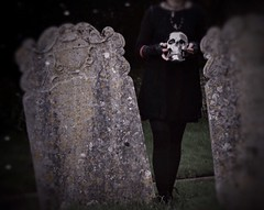 (_Evi_) Tags: bone inevitable graveyard grave skull death poem japanese tanka