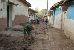 Kawardha - Chhattisgarh - India (wietsej) Tags: kawardha india street rural tribal village sony a100 minolta 28105 people wietse jongsma bhoramdeo