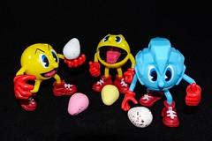 DSC05460 (LezFoto) Tags: sonydigitalcompactcamera rx100iii rx100m3 sony dscrx100m3 cybershot sonyimaging sonyrx100m3 compactcamera pointandshoot easter eggs minieggs pacman icepac pac sweetpac easteregg eastereggs colourful colours sweetheaven
