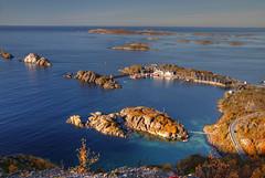 Hamn i Senja (hapulcu) Tags: hamnisenja arctic norge noruega norvege norvegia norway norwegen senja troms automne autumn autunno herbst høst toamna