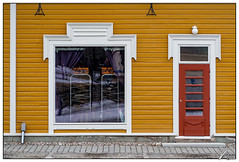 Untitled 00.73 (ViTaRu) Tags: olympus em10 omd 40150mm m43 microfourthirds mzuiko wall window door facade pavement road wood boards symmetry pattern texture yellow white colors colorful red house building vintage vanharauma details rauma finland