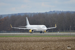 EC-LUO (Kevin Biétry) Tags: ec luo ecluo airbus airbusindustries a320 a320232 airbusa320232 airbusa320 vueling lfsb bsl basel basle baselmulhouse euroairport sex sexy d3200 d32 d32d nikond3200 nikon kevinbiétry kevin keke kequet kequetbiétry kequetbibi