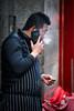 吸烟的厨师 (Jan Enkelmann) Tags: london chinatown uk chinese chefs smoking contemplation break mobilephone restaurant
