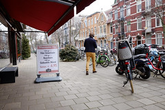 DSCF0178 (amsfrank) Tags: amsterdam oost east candid people dutch shopping lineausstraat linneausstraat