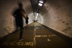 No Cycling Please, We're British... (paulinuk99999 (lback to photography at last!)) Tags: paulinuk99999 river thames foot greenwich islandgardens running jogging keepleft sal1650f28g tunnel
