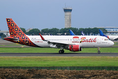 PK-LAF Batilk Air Airbus A320-214(WL) at Jakarta Soekarno-Hatta Airport on 27 February 2018 (Zone 49 Photography) Tags: aircraft airliner airplane aeroplane february 2018 wiii cgk soekarno hatta soekarnohatta international airport id btk batik air batikair airbus a320 320 200 214 wl pklaf jakarta indonesia