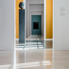 Viewing Point (*Capture the Moment*) Tags: 2018 architecture architektur art collection fotowalk kunst lenbachhaus mog mogtrioplan3528neo meyeroptikgörlitztrioplan3528neo modernart munich münchen sammlung sonya6300 sonyilce6300