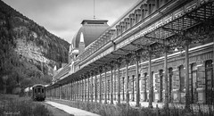 CANFRANC (_Pablete_) Tags: train rail bw canfranc