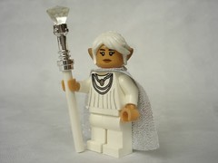 41193 - White sorceress (fdsm0376) Tags: minifig castle medieval fantasy elves lego review set 41193 song wind dragon aira windwhistler lumia phyll bat air music