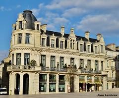 Poitiers - Place du Maréchal-Leclerc (JeanLemieux91) Tags: hiver winter invierno février february febrero poitoucharentes poitiers france europe