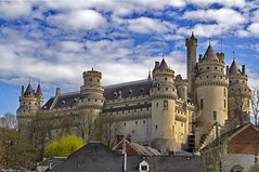 Pierrefonds (Phil du Valois) Tags: pierrefonds château fort médieval moyen âge