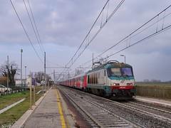 Thello mattutino (nlovato96) Tags: e402a 045 trenitalia thello parigi gare de lyon venezia santa lucia ti fs lerino en euronight 221 treno notte bahn train night