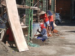 Talungagung Hotel Construction 20171215_092550 LG (CanadaGood) Tags: asia asean seasia indonesia indonesian java javanese eastjava jawatimur tulungagung people person hotel building construction safety canadagood 2017 thisdecade color colour