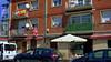 Gueli (Jusotil_1943) Tags: 160418 naranco oviedo bar bandera sombrilla balcones fachada restaurante