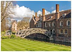 DSCF0266 Queens' College (Davey's Shots) Tags: queens college cambridgeuniversity woodenbridge rivercam