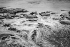 To and Flow.... (e0nn) Tags: steveselbyphotography steev steveselby pentax pentaxk1 ricoh hdpentaxdfa2470mmf28edsdmwr nisifilters leendgrad zomei ocean water waves mono longexposure smooth shellharbour visitshellharbour luminar2018 skylum