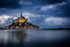 L'Île mystérieuse... (tof-lo62) Tags: mont saint michel merveille normandie normandy france paris water église cityscape cathedral bretagne brittany light lights pose longue long exposure sunset sunrise blue hour heue bleue night nuit