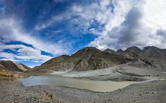 La frana (ONINOT) Tags: pangongroad ladakh india allaperto paesaggio strada roccia acqua lago frana