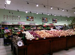 Produce (overview) (l_dawg2000) Tags: 2017 2017remodel bakery dairy delicatesen floraldepartment food formergreenhousestore freshandlocal grocery grocerystore kroger localflair millington pharmacy tennessee tn unitedstates usa