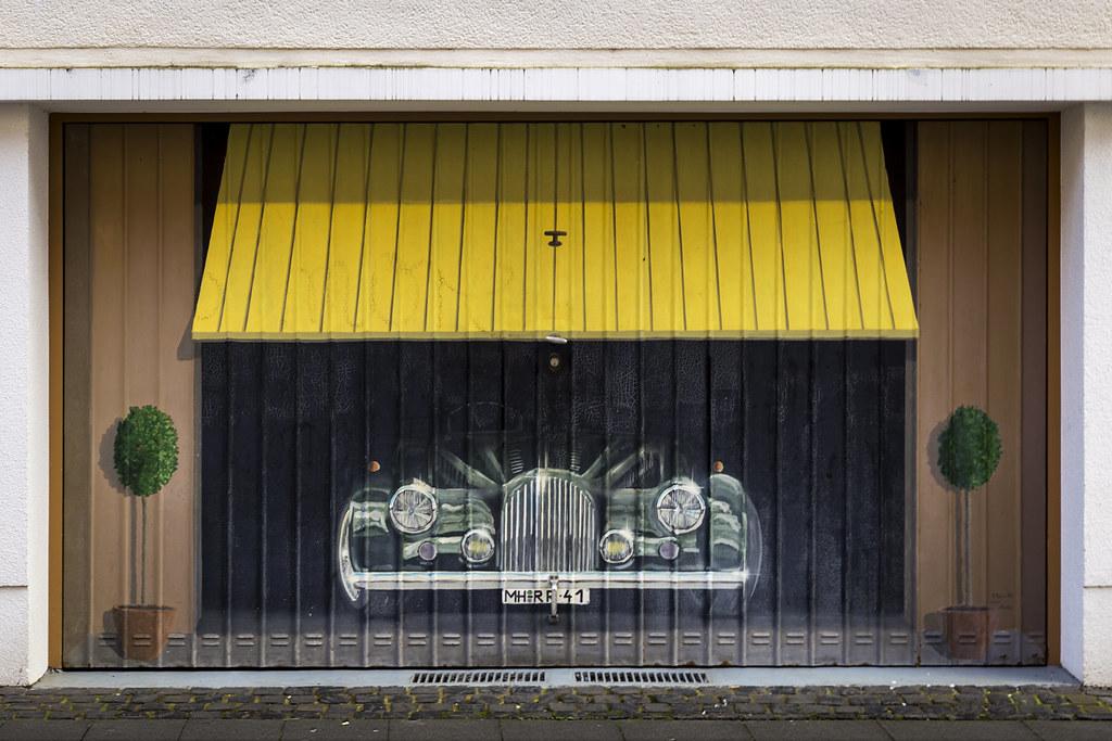 Painted Garage Door | Bemaltes Garagentor (*Photofreaks*) Tags: Garage Door  Gate