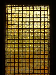 Chicago, IL John J. Glessner House - foyer (army.arch) Tags: chicago illinois il glessner house johnglessner hhrichardson henryhobsonrichardson richardson richardsonianromanesque architecture historic historicpreservation historicdistrict nrhp nationalregisterofhistoricplaces nationalregister nhl nationalhistoriclandmark foyer door window glass