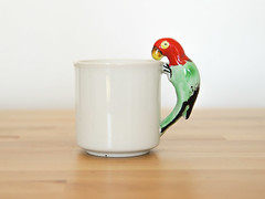 Parrot Mug (.godo) Tags: parrot mug vintage etsy australianking red green macaw birds scarletmacaw tropical exotic pirate kitchen decor home tiki lounge exotica eclectic boho bohemian 1970s 70s 1980s 80s kitsch cups coffee dining living drinkware mugs handle figurine sculpture 3d tea hotcocoa beachhouse beach jungle nautical boyfriendgift coastal safari rainforest animals